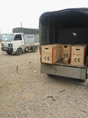 Bomnhapkhau.vn đang vận chuyển hàng hóa cho tập đoàn Samsung