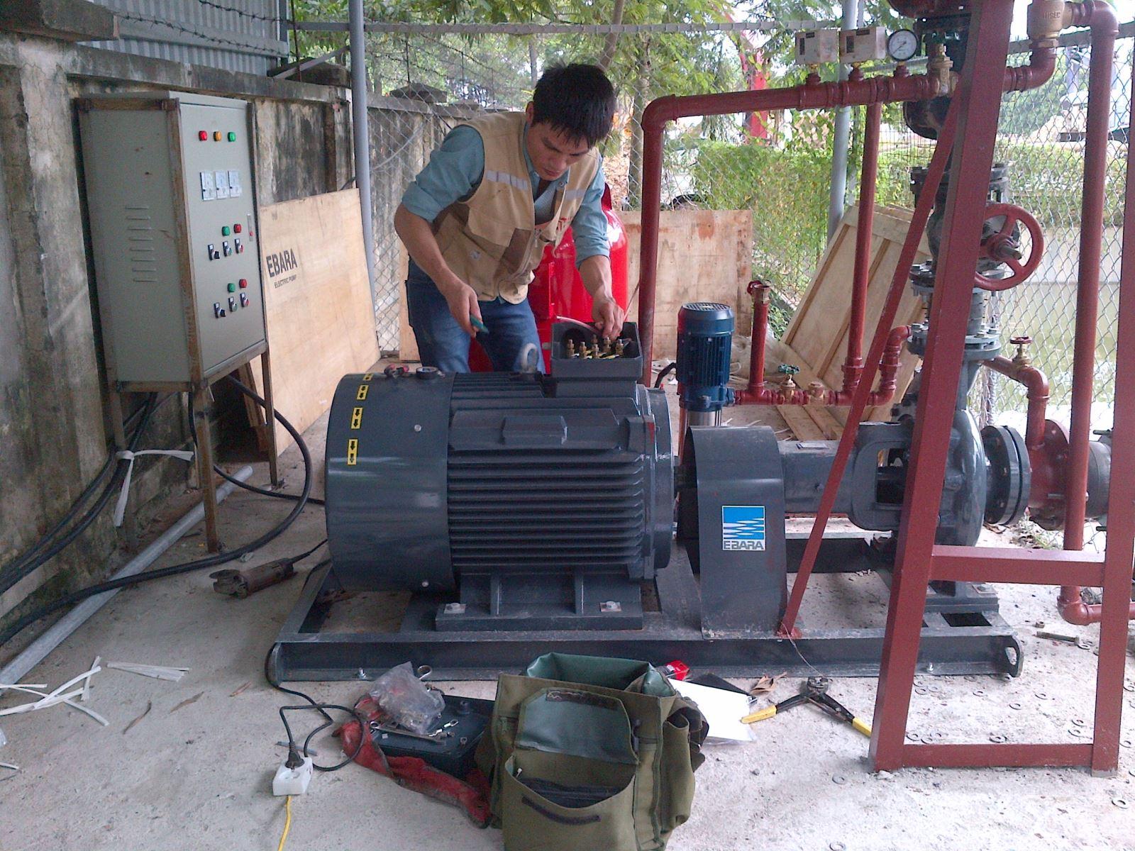 Lắp đặt hệ thống máy bơm cấp nước tại Khu Công Nghiệp Quang Minh