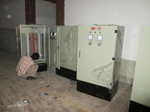 Hệ thống tủ điện điều khiển toàn bộ hệ thống