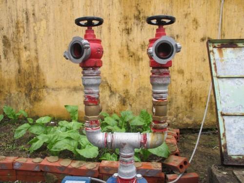 Van góc chữa cháy dùng để lắp đặt vào vòi cấp nước chữa cháy