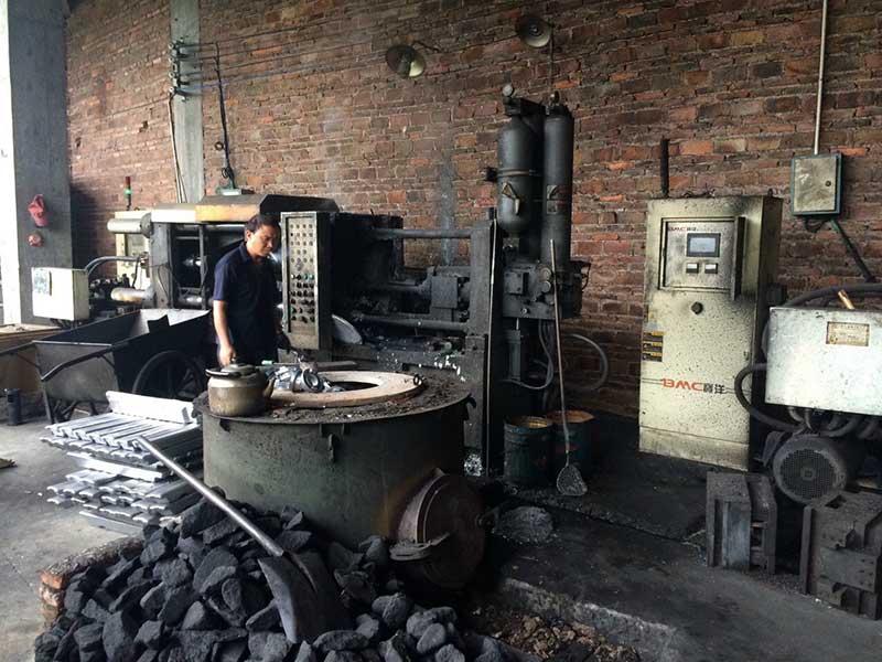 Xưởng sản xuất lăng phun và khớp nối Kentom D65